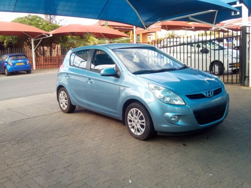 Used Hyundai i20 1.6  GLS  H/Back  for sale in Windhoek, Namibia