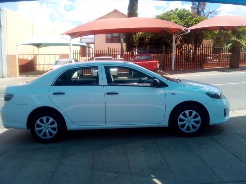 Used Toyota Corolla  Quest  1.6  for sale in Windhoek, Paraguay