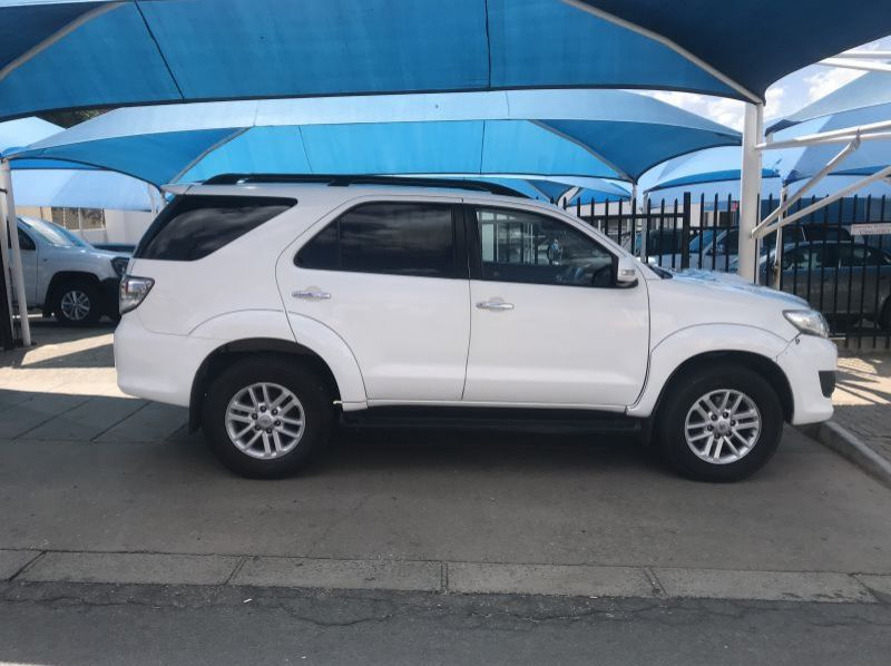 Used Toyota Fortuner 3.0 D4D 4x4 Auto  for sale in Windhoek, Namibia