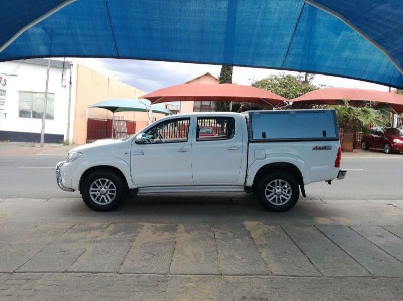 Used Toyota Hilux 3.0 D4D 4x4 Auto  for sale in Windhoek, Namibia