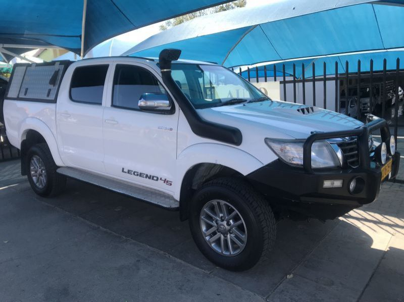 Used Toyota Hilux 3.0 D4D 4x4 Auto Legend  for sale in Windhoek, Namibia