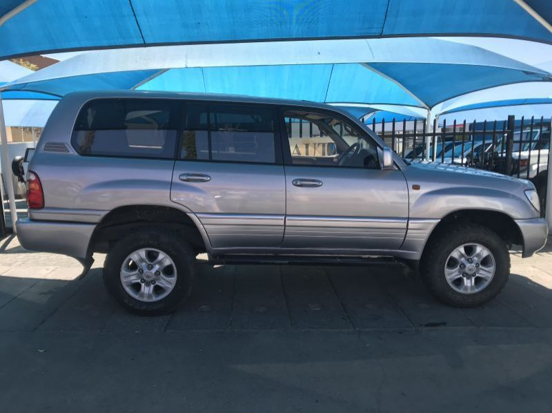Used Toyota Landcruiser 4.7 V8 Petrol Auto VX  for sale in Windhoek, Namibia