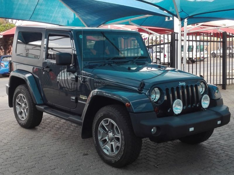 Used Jeep Wrangler 3.8 V6  for sale in Windhoek, Paraguay